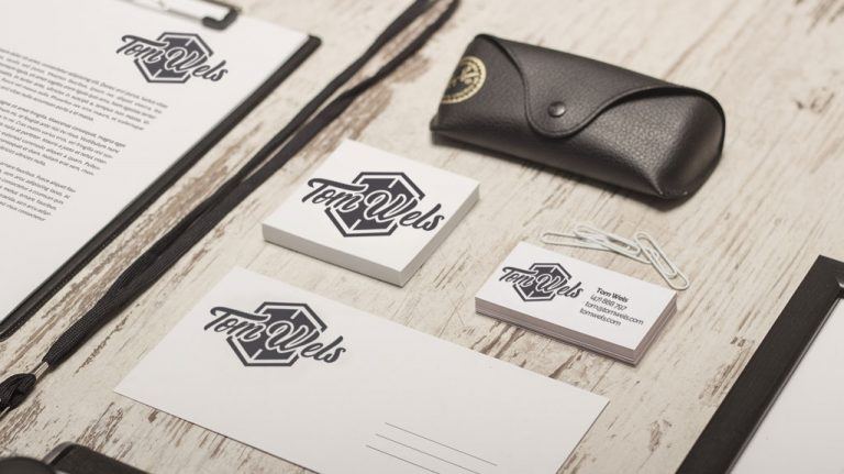 Djangonaut - Handlettering - Logotype - Branding - Tom Wels - Fashion Brand - Corporate Identity